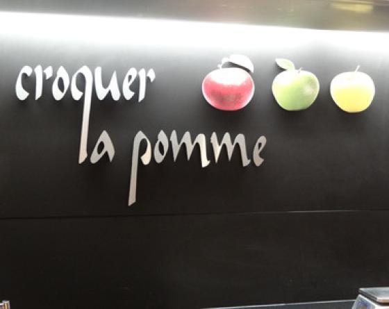 L 'Apple Dinner
